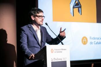 Pau Benavent presentant el lliurament dels Premis Ateneus 2017